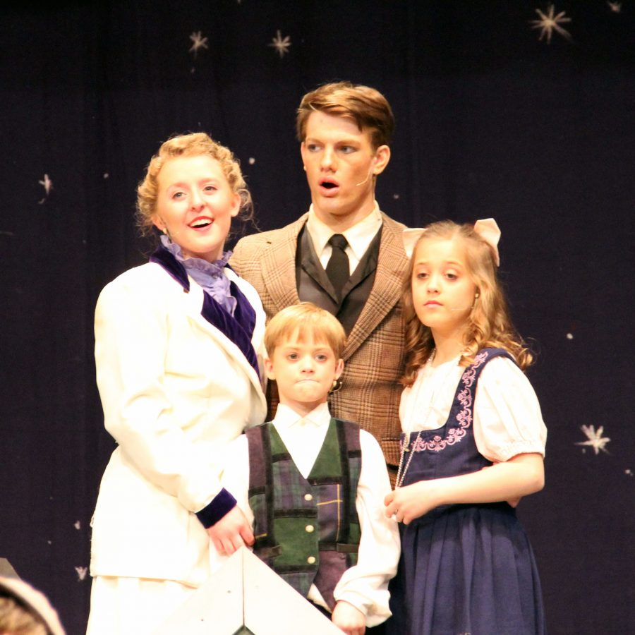Mr. Banks (Grayson Abend), Mrs. Banks (Sydney Winslow), as Jane and Michael Banks (Emily Wheelbarger and Lincoln Wilson).