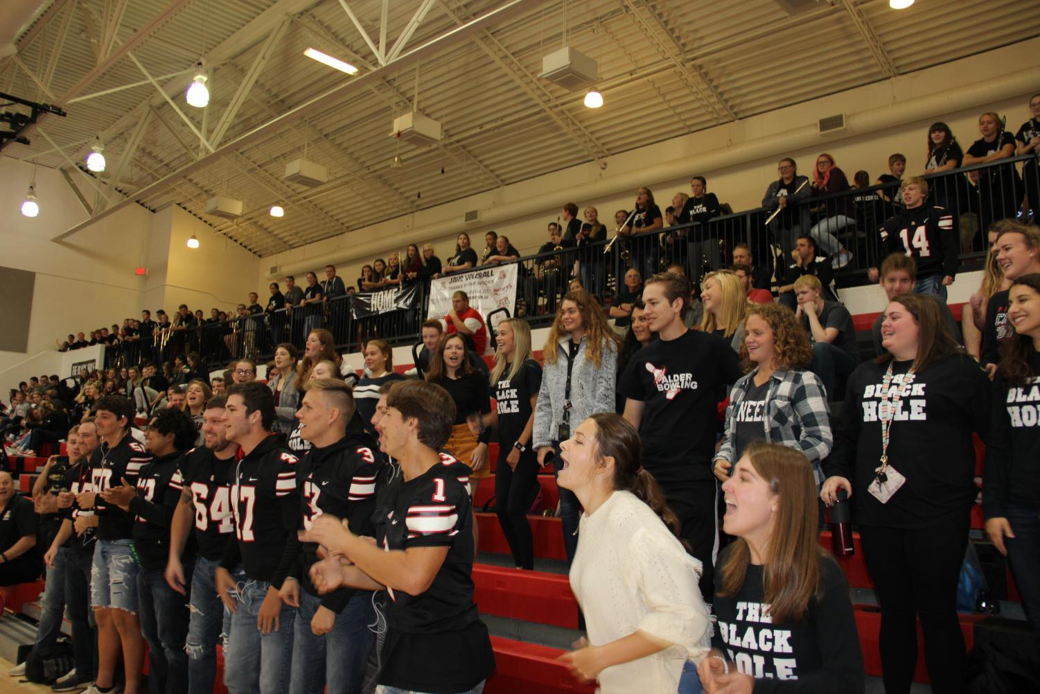Seniors+cheering+at+the+pep+rally.