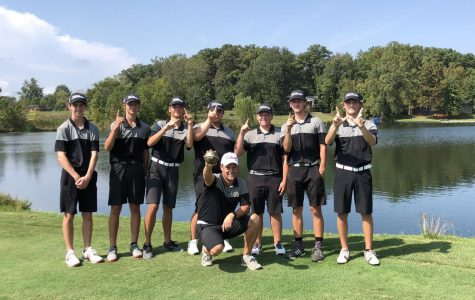 Golf Team Wraps Up Successful Season and Looks to the Future